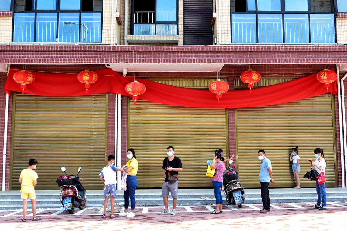Siste: China reports 62 nye saker, 1 billion vaccinated