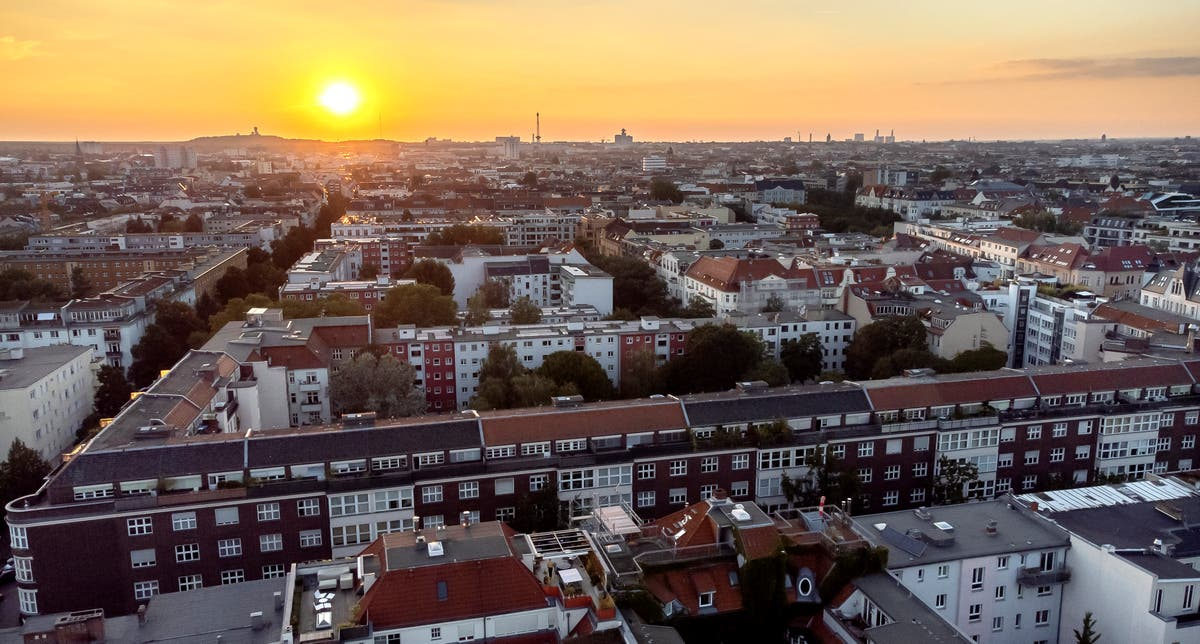 Berlin buys thousands of apartments from corporate landlords