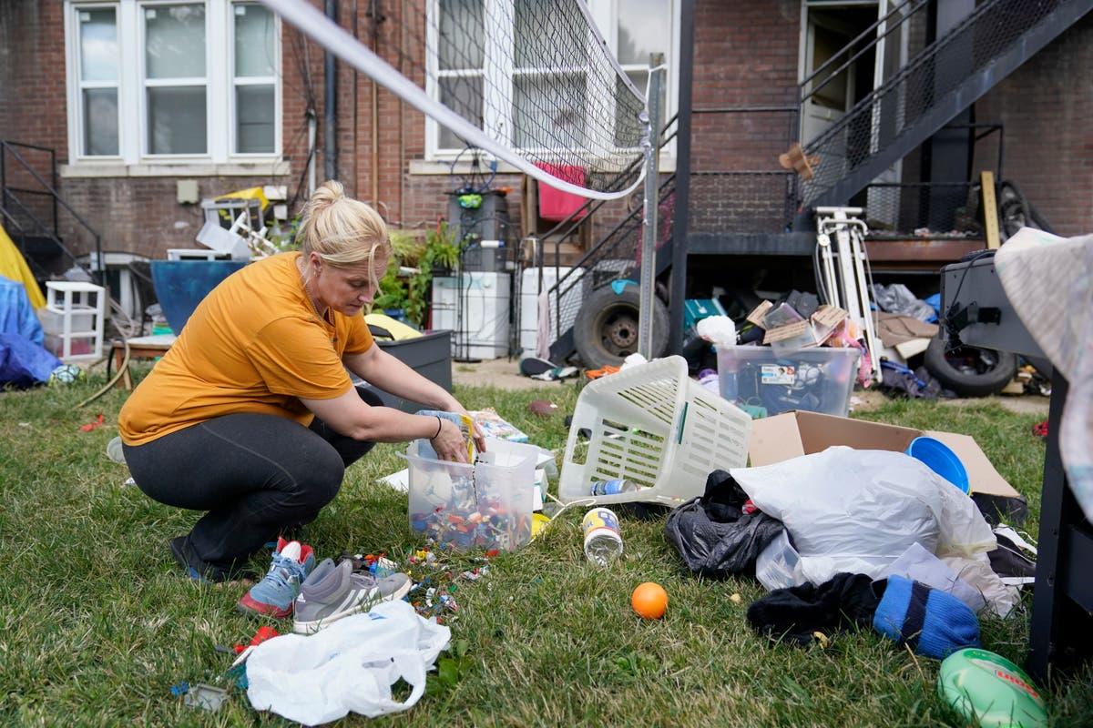 英石. Louis woman after eviction: 'I have no idea' what to do