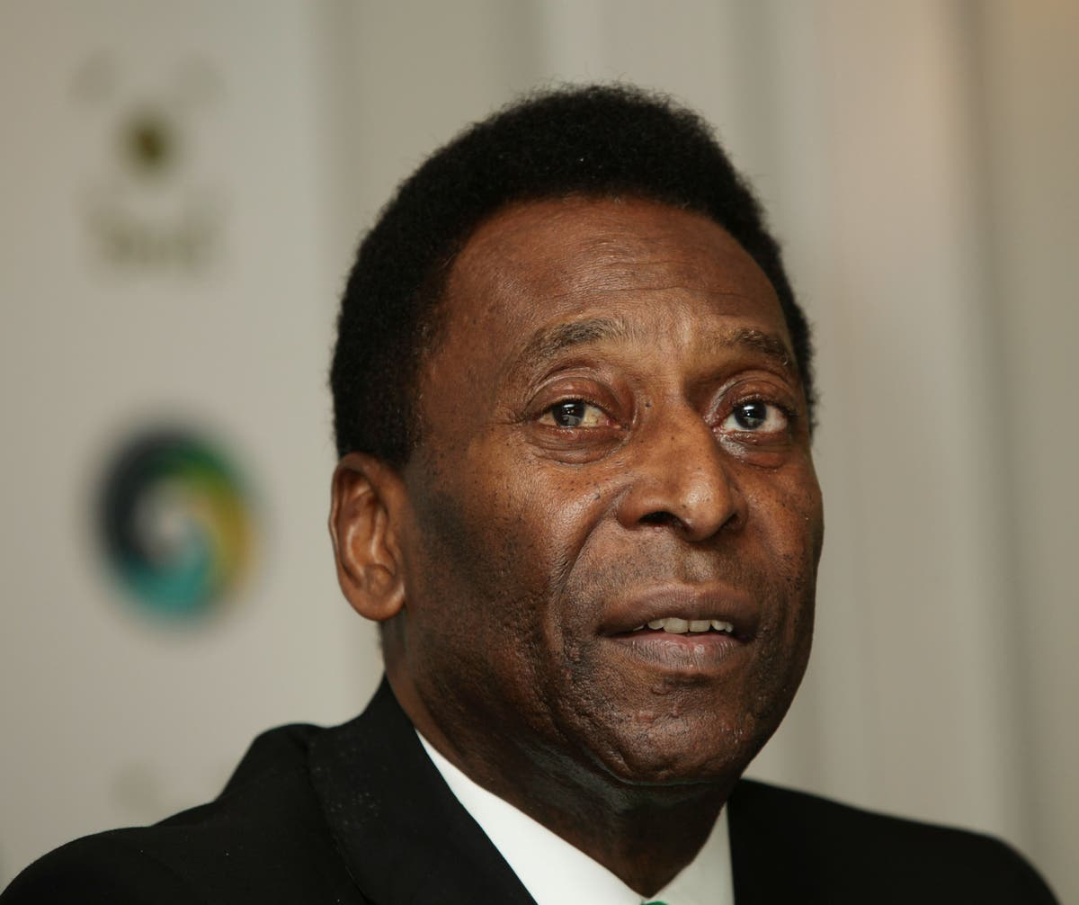 Pele 'still recovering very well' following surgery after 'little step back'