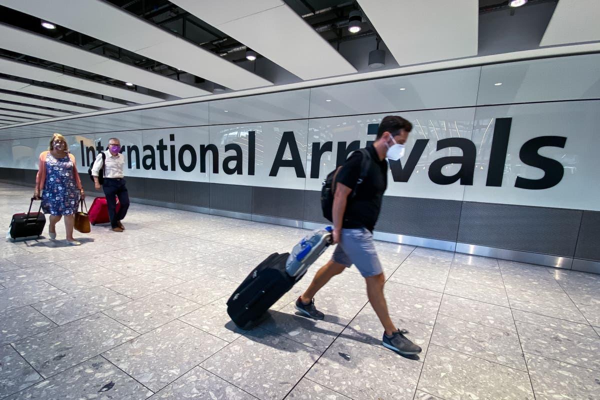 旅行の専門家サイモンカルダーが答えます 25 questions amid latest rule changes