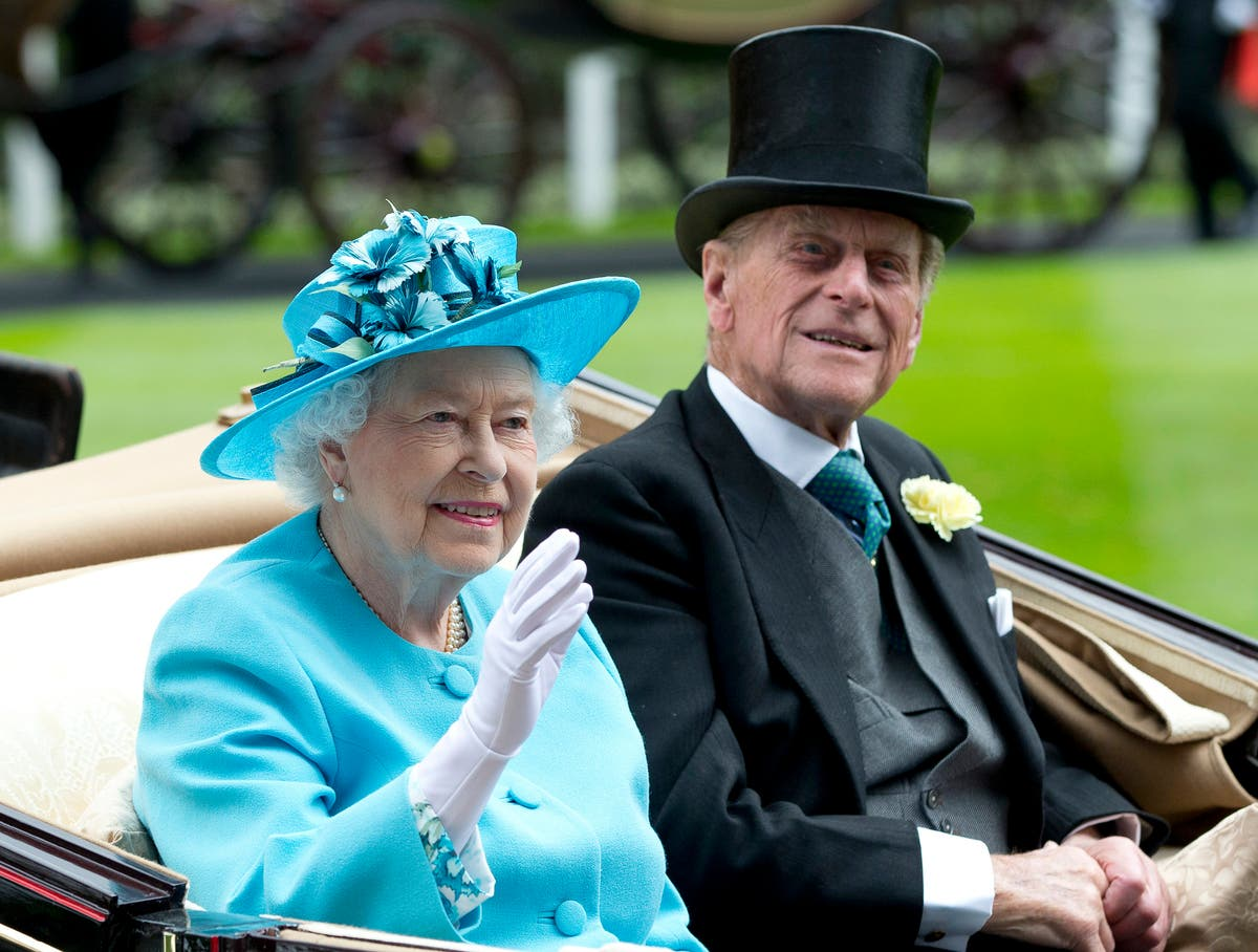 O rei do churrasco: British royals praise Philip's deft touch