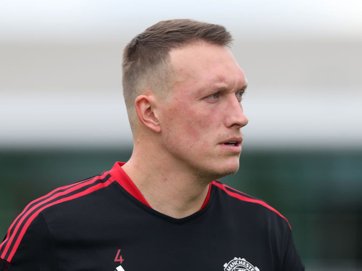 Phil Jones responds to Rio Ferdinand's 'waste of time' comments