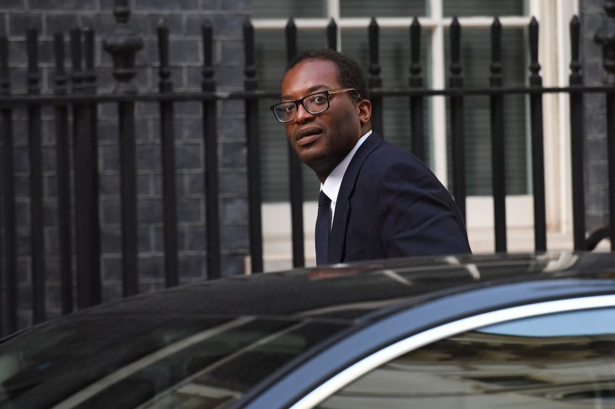 Kwarteng in fresh crisis talks with energy suppliers as gas prices surge