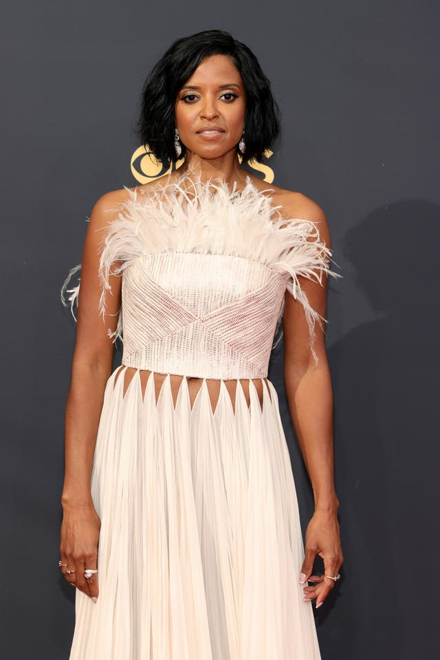 Renee Elise Goldsberry wears a Cong Tri gown