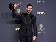 Ted Lasso-stjernen Brett Goldstein kanaliserer Roy Kent i Emmys-tale som er eksplodert