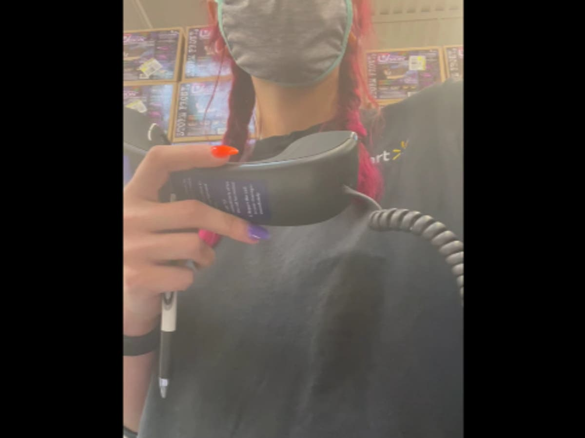 Walmart worker in Louisiana films herself resigning on store loudspeaker