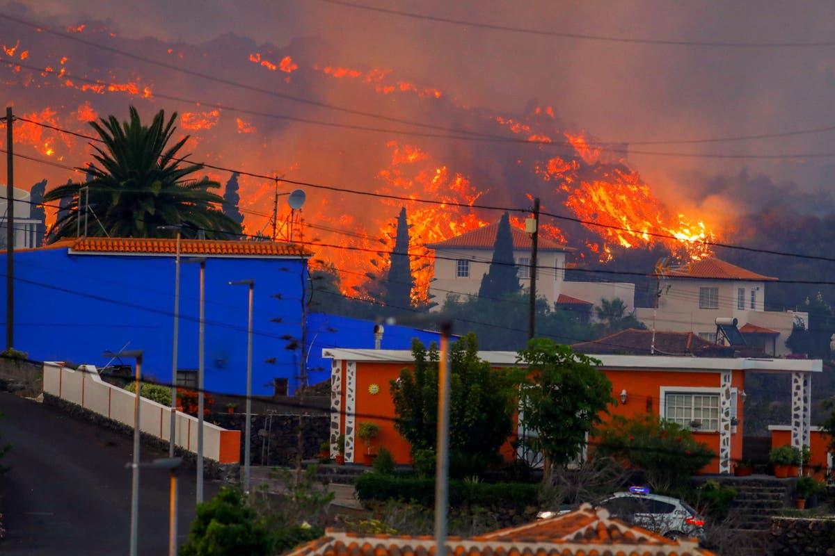 Vulkanen La Palma: brennende lava ødelegger minst 20 houses after hundreds evacuated