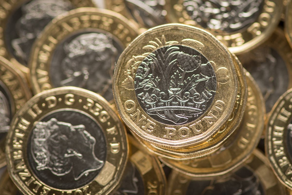 Government urged to reconsider Universal Credit cut as energy prices rise