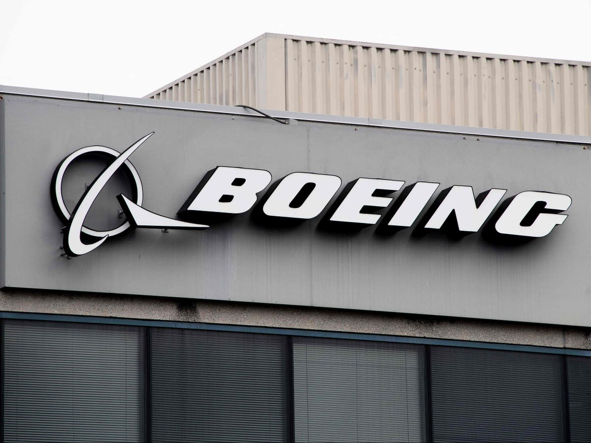 Boeing investigates tequila bottles found on future Air Force One jet