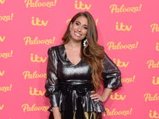 Stacey Solomon puts baby bump on display in new photographs taken by her dad