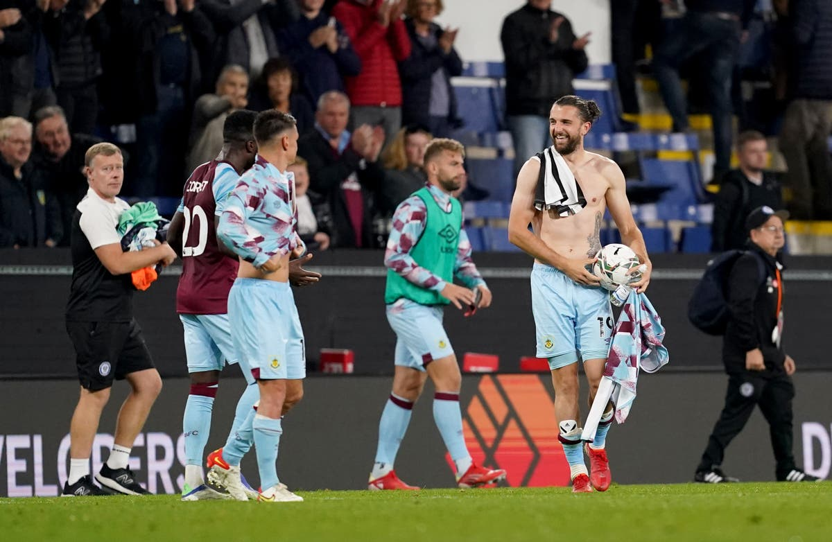 Jay Rodriguez Rodriguez hits four as Burnley shrug off scare against Rochdale