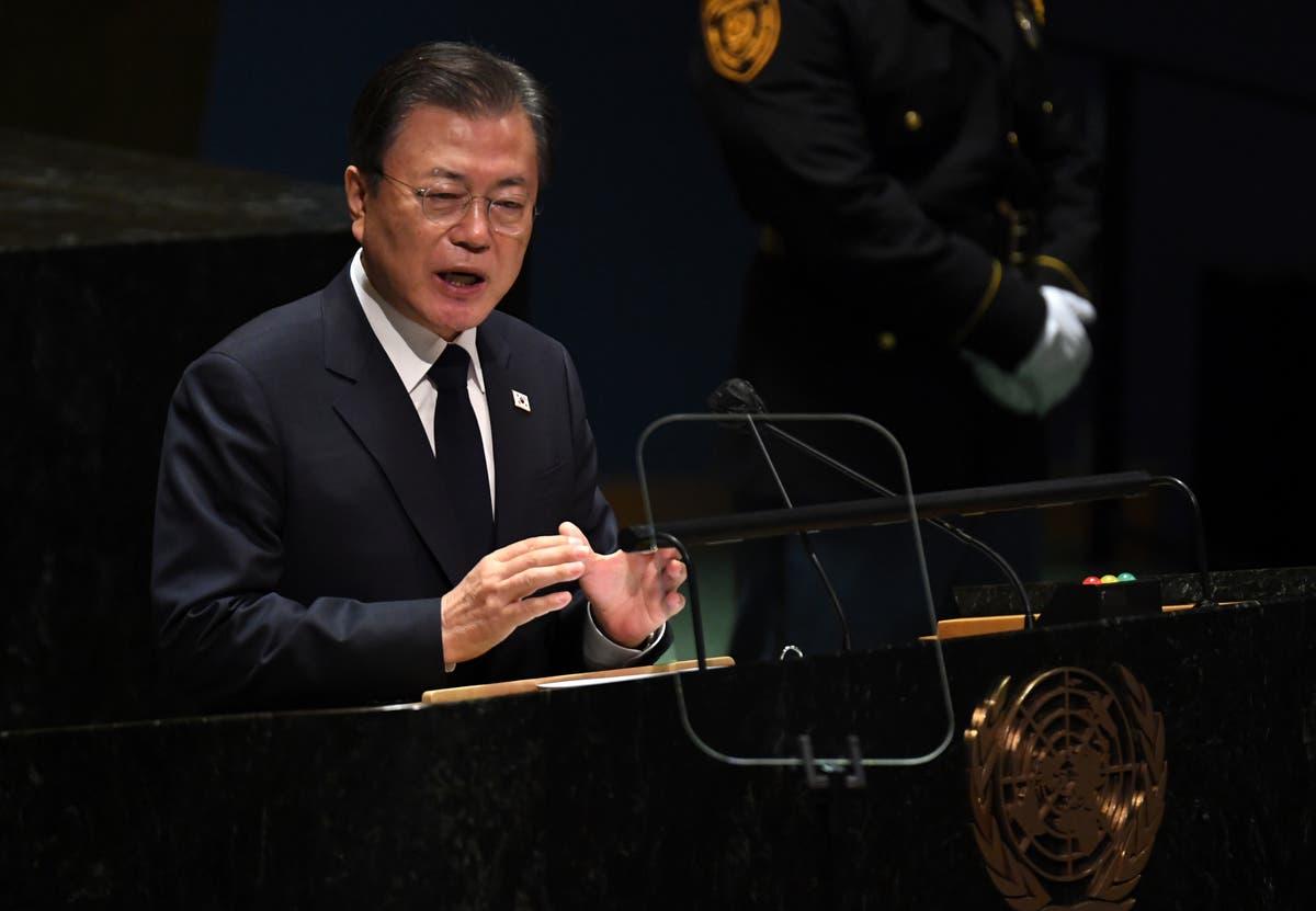 国連で, Moon pushes peace with NKorea after missile tests
