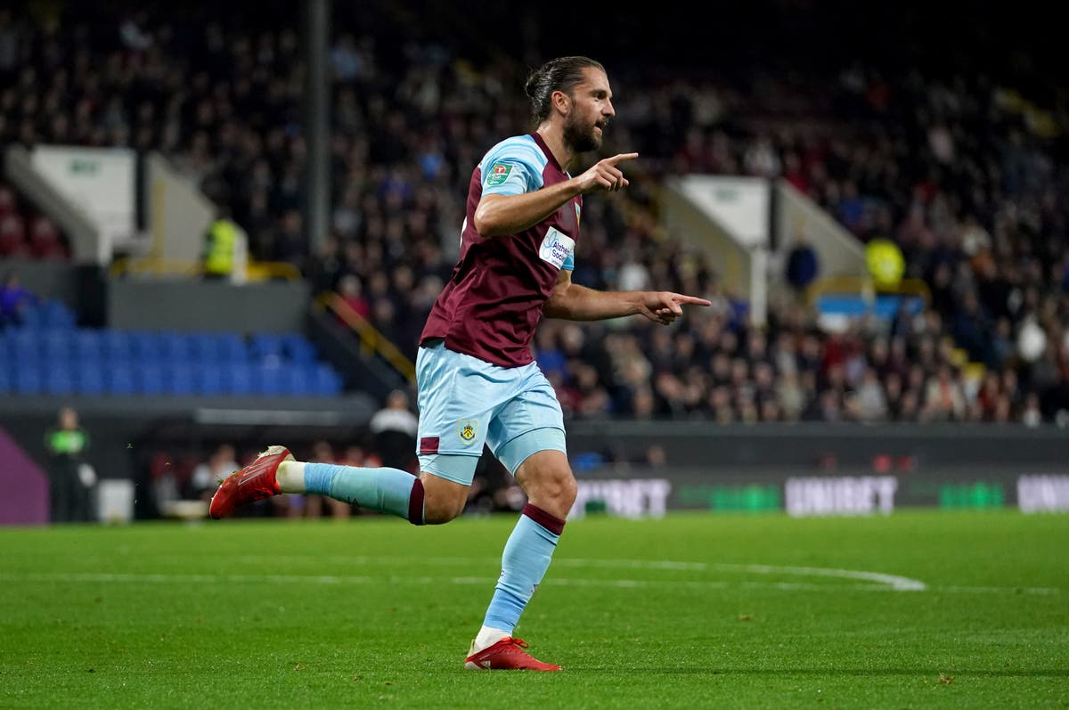 Sean Dyche praises 'sharp' Jay Rodriguez after four-goal burst to beat Rochdale