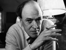 Netflix buys rights to entire Roald Dahl back catalogue