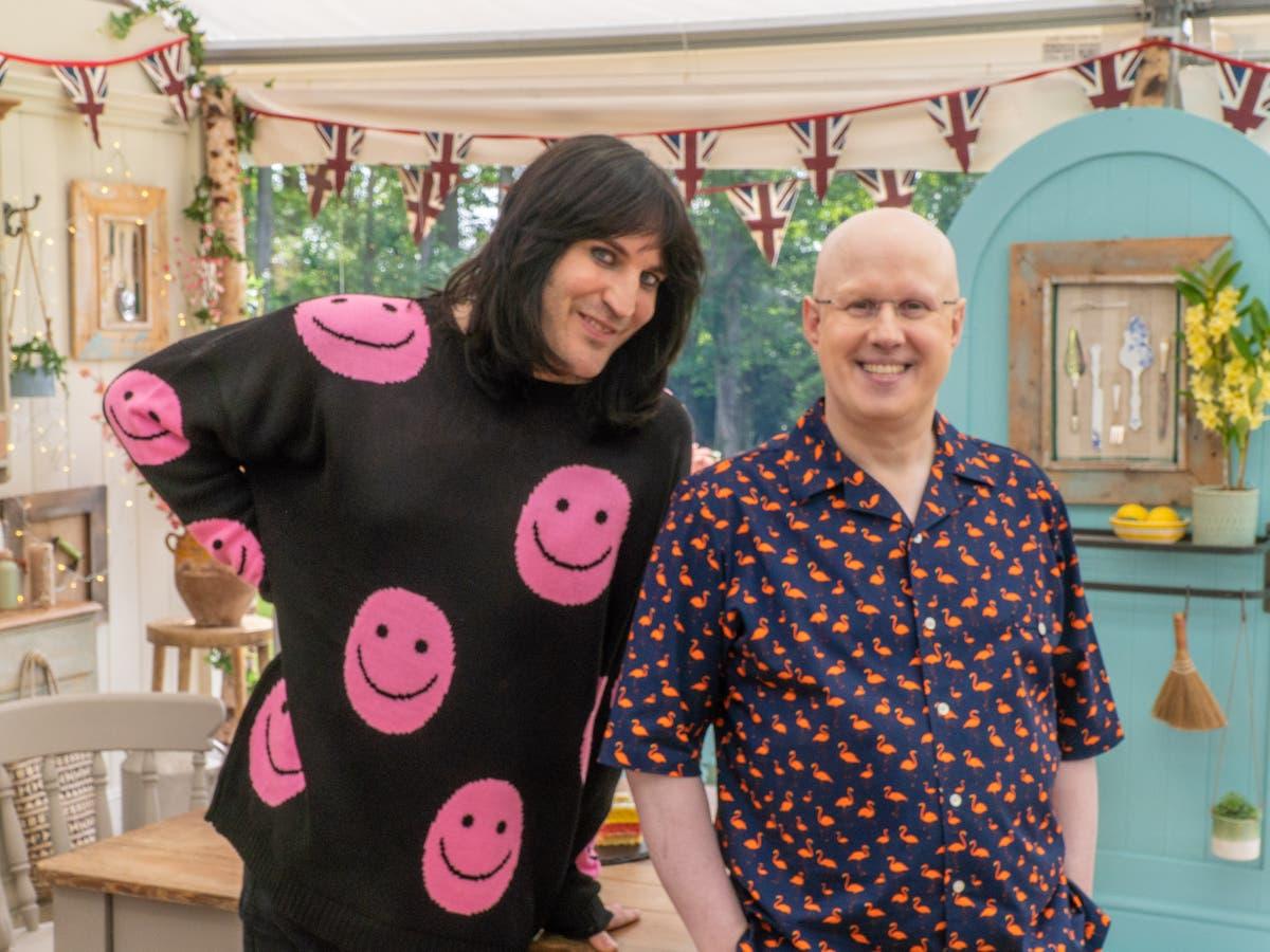 Bake Off fans call Noel Fielding a 'national treasure' as show returns