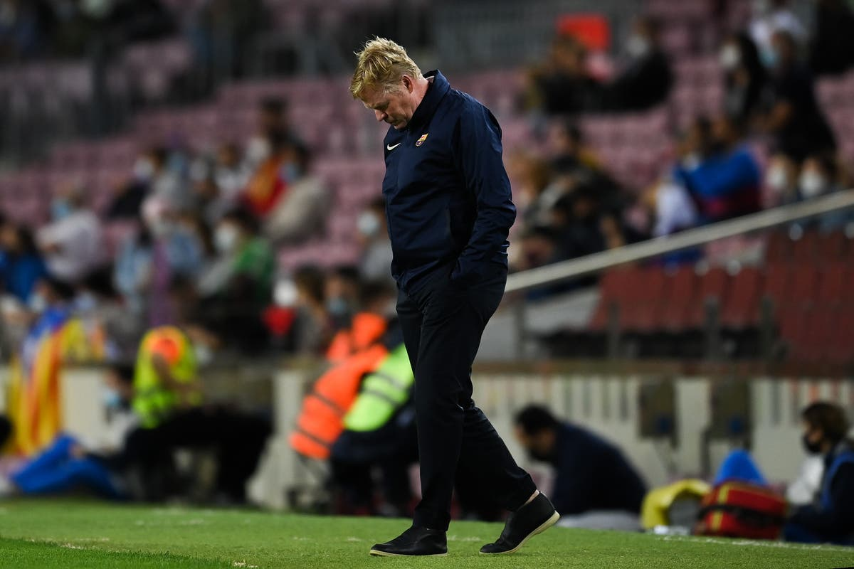 Ronald Koeman refuses to take questions at Barcelona press conference