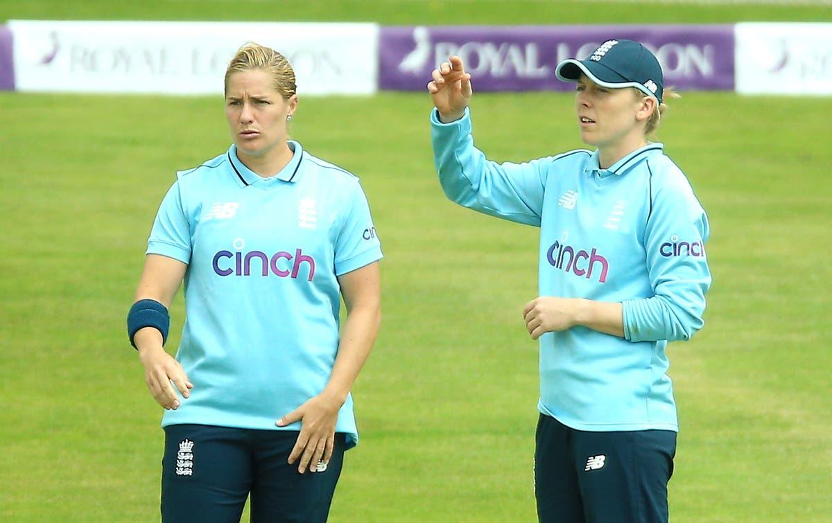 "A Inglaterra administrará cuidadosamente a ""guerreira"" Katherine Brunt, Heather Knight garante"