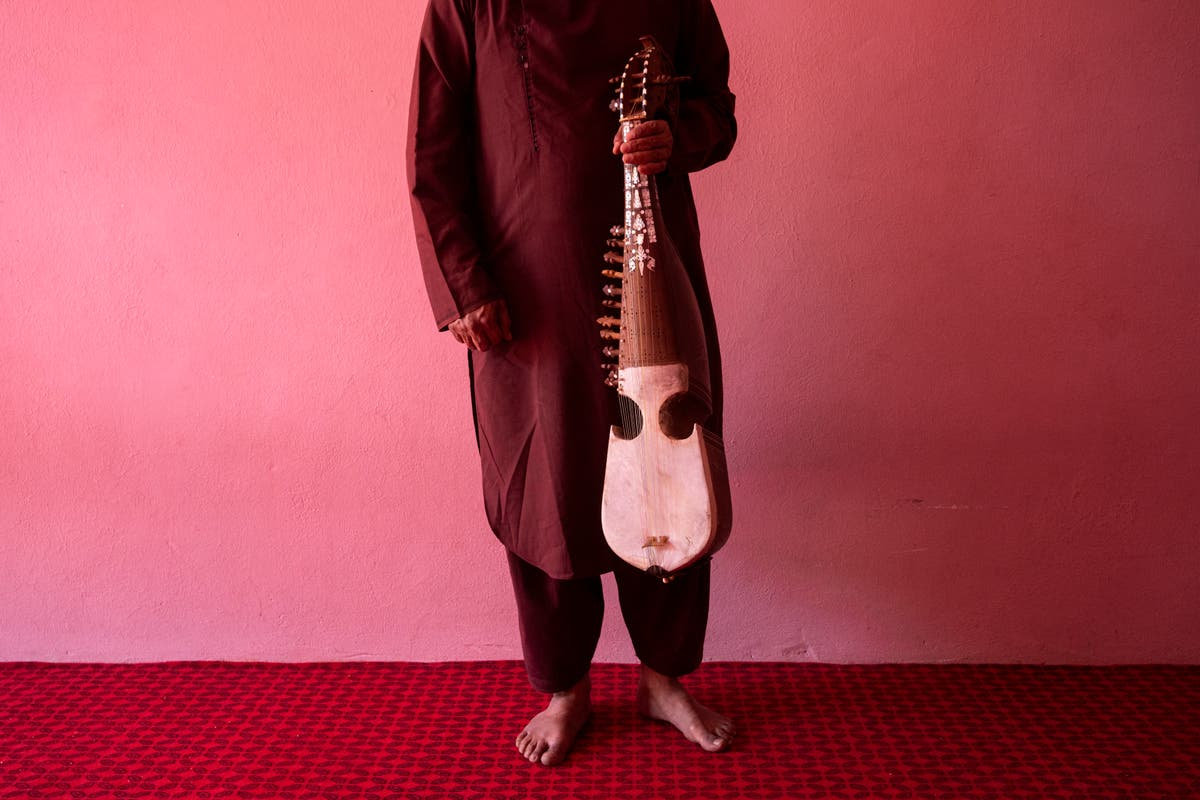 Under Taliban, thriving Afghan music scene heads to silence