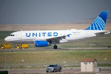 United Airlines to axe hundreds of unvaccinated staff