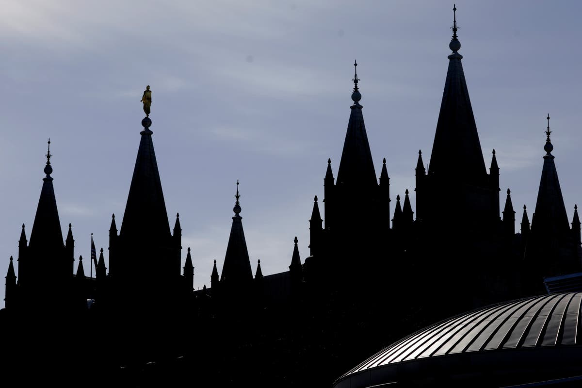 Mormon church to require masks in temples amid COVID surge