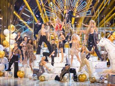 How much do the Strictly professional dancers get paid?