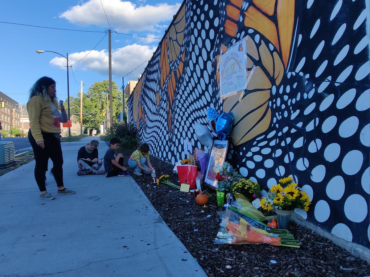 Visitors recreate Gabby Petito's last photo as memorial grows at final Instagram stop