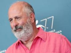 Le réalisateur de Notting Hill, Roger Michell, est décédé à l'âge 65