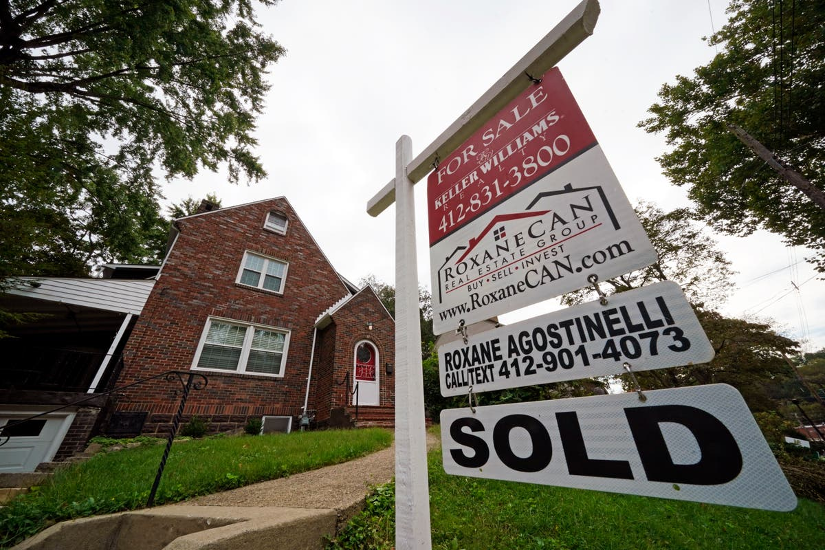 US long-term mortgage rates up slightly; 30-年在 2.88%