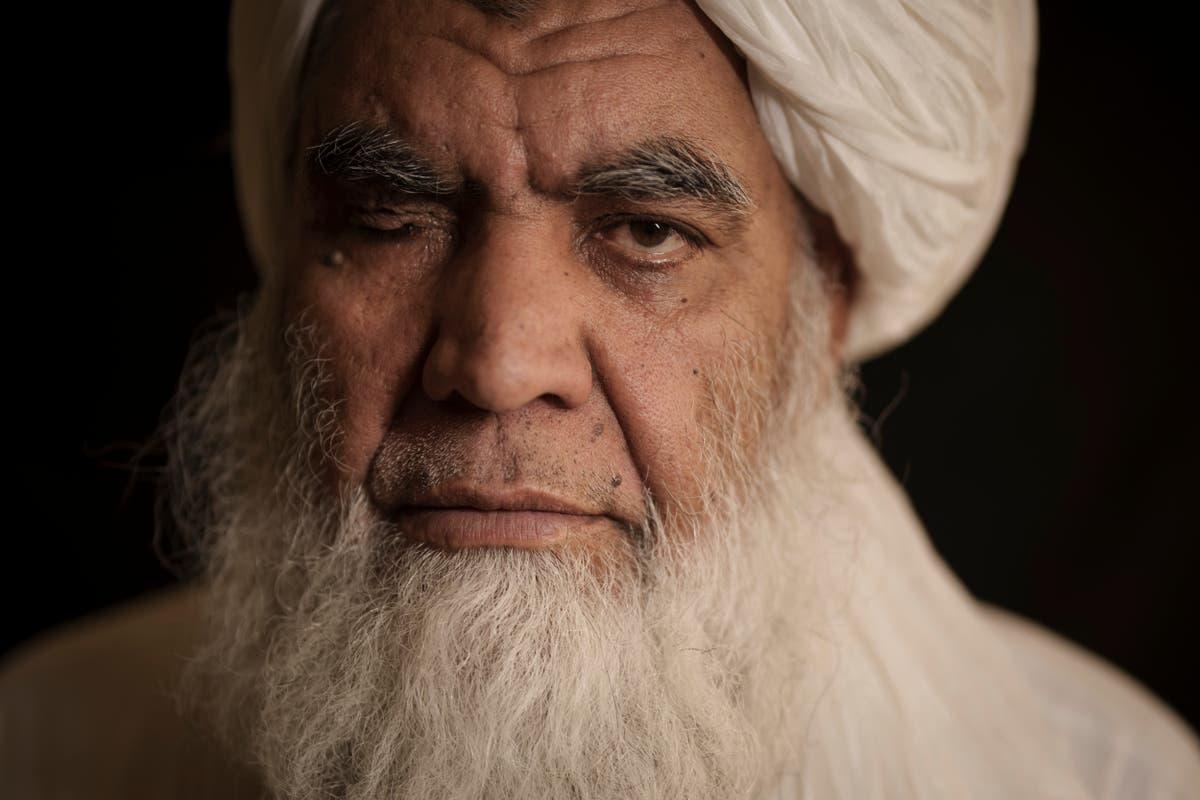 «Il est nécessaire de se couper les mains:' Un responsable taliban dit que les exécutions reprendront