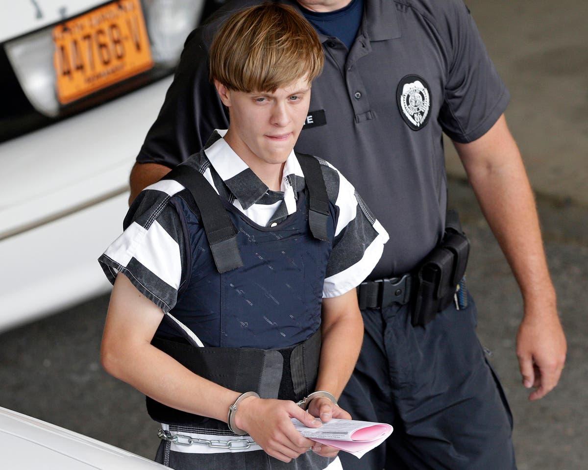 Myndighetene: Dylann Roof's death sentence should stand