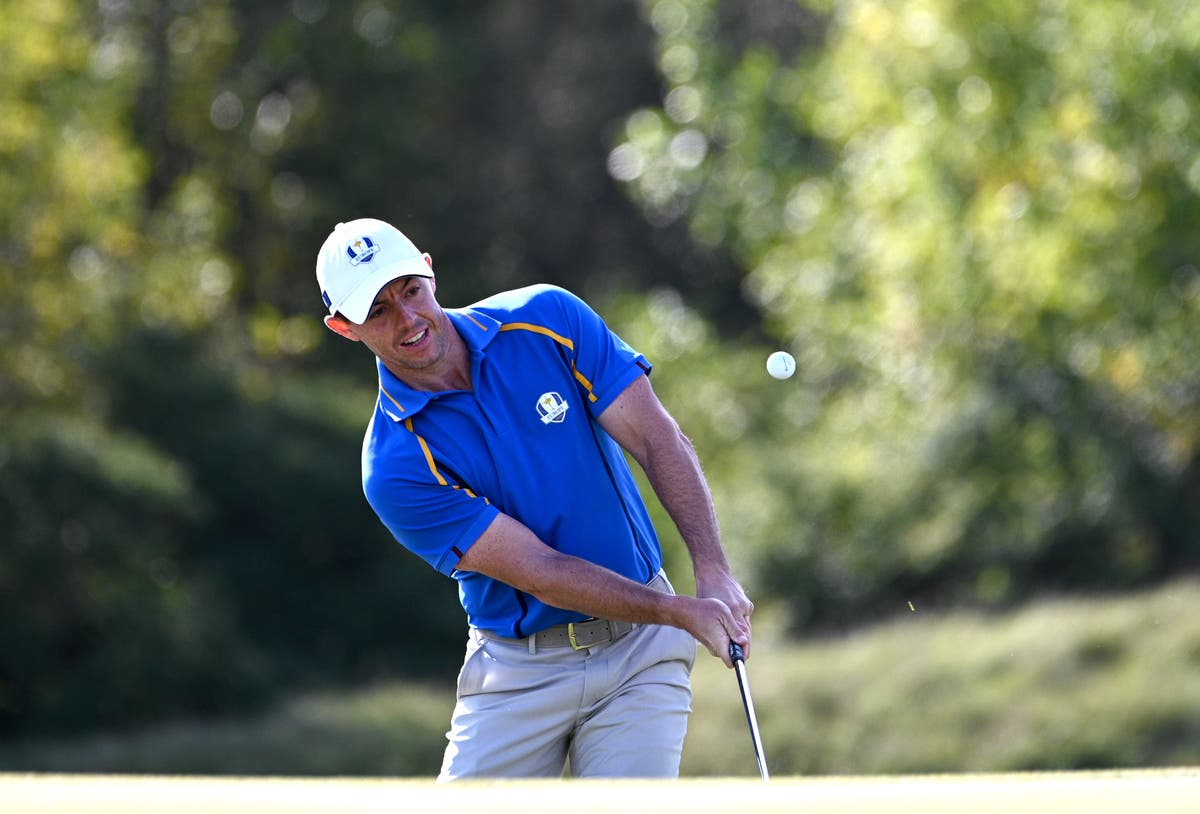 Ryder Cup day one: Rory McIlroy confident Europe can recover from 6-2 ned