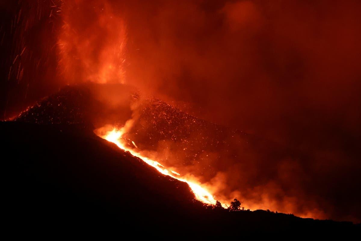 Are La Palma flights still running after volcanic eruption?