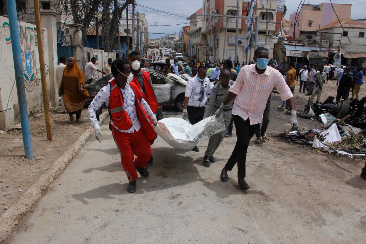 8 dead as al-Shabab claims blast in Somalia's capital