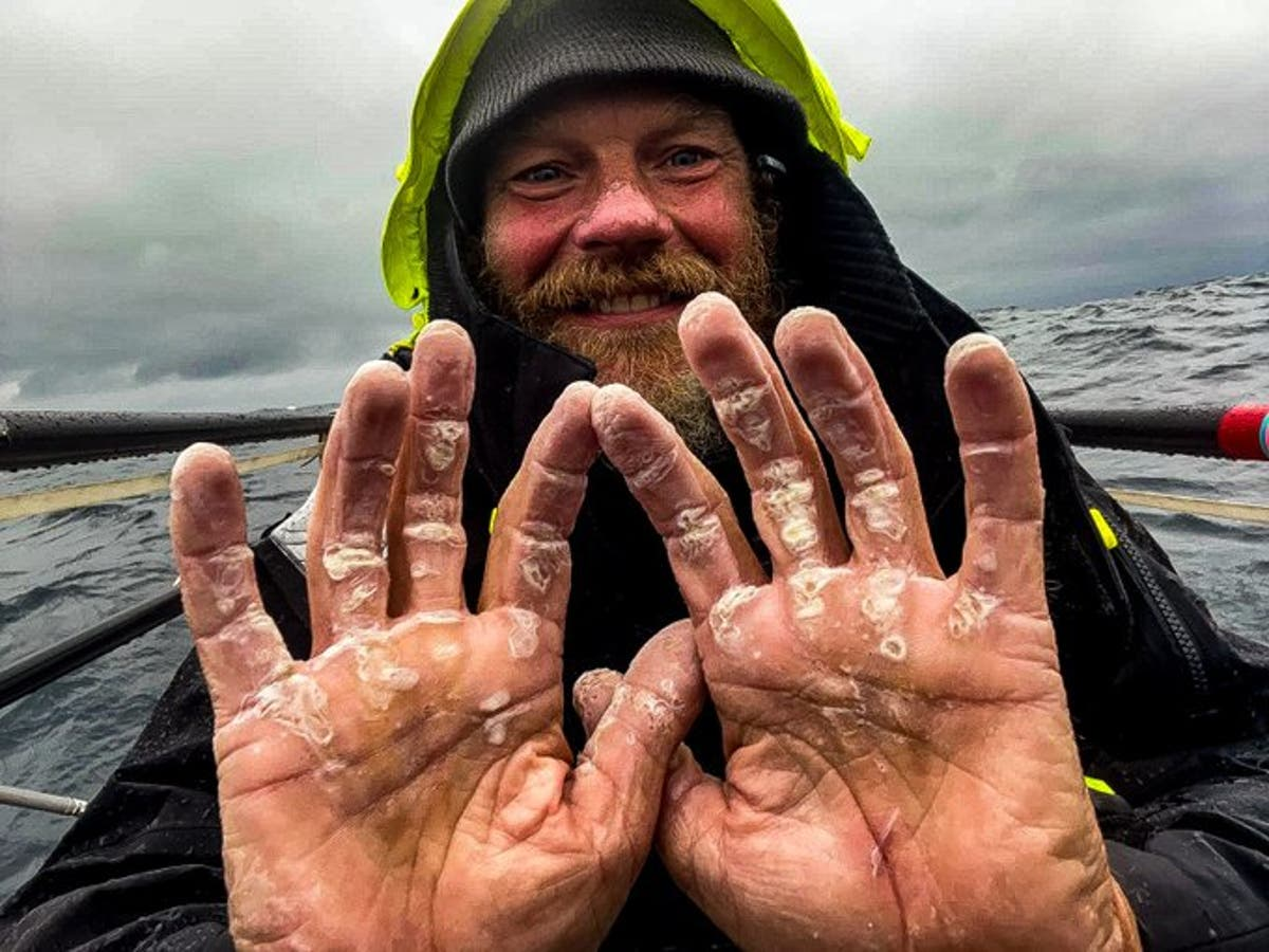 Former Marine completes unsupported row across Atlantic, spending 119 days alone