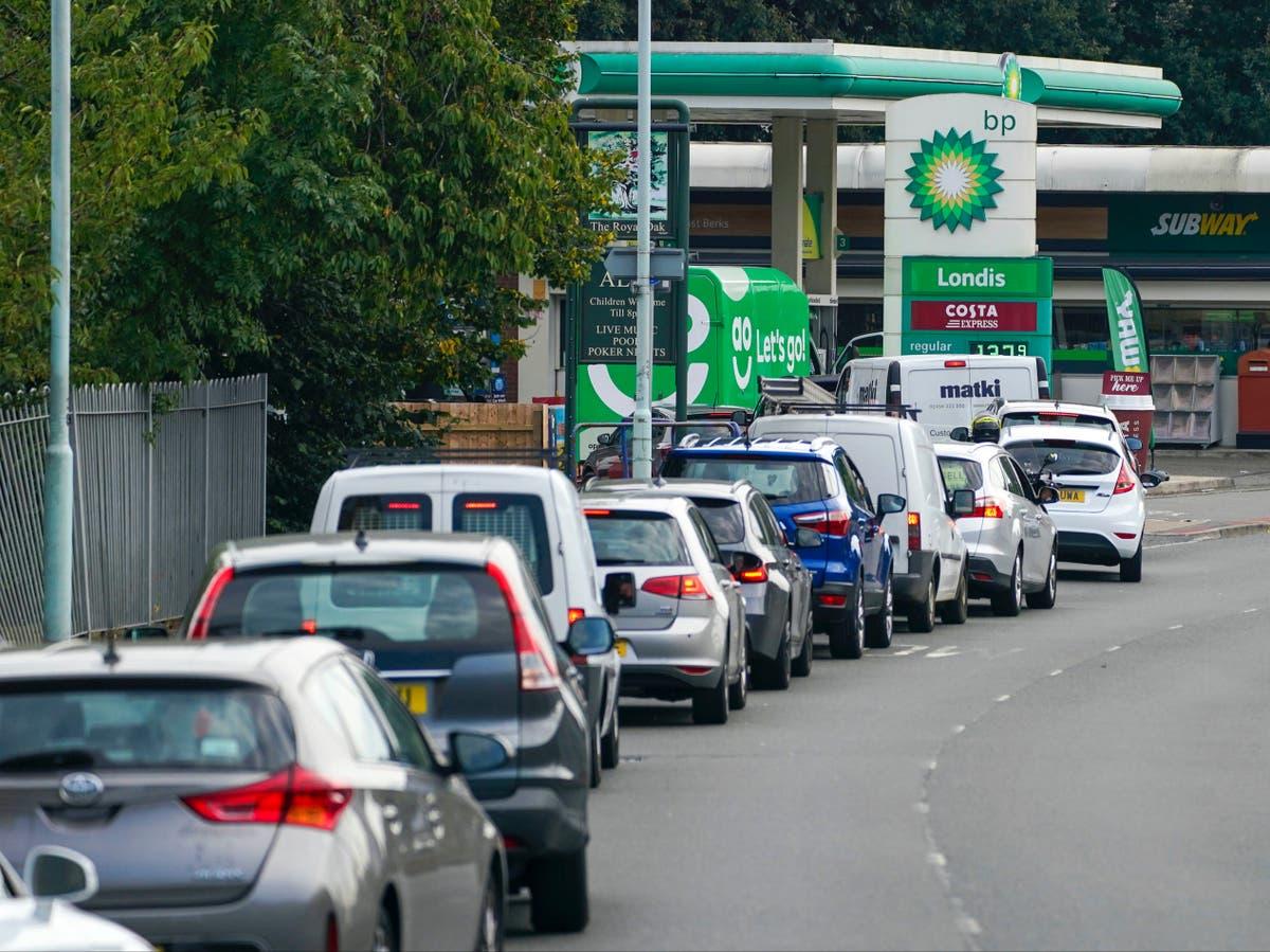 Hoe om die brandstofkrisis in die Verenigde Koninkryk te hanteer