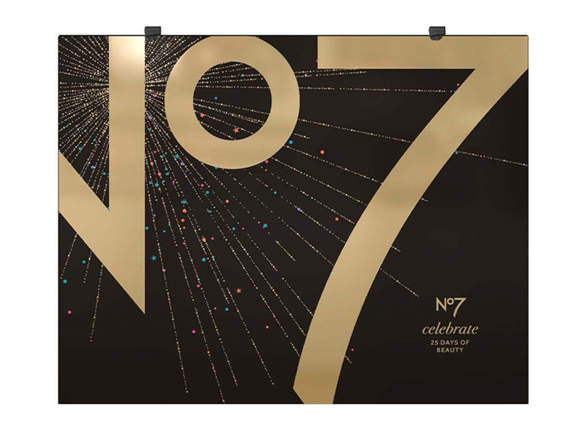 Snap up No7's beauty advent calendar today in Boots's exclusive 24 hour pre-sale