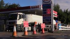 """Le ministre déclare que l'armée n'est pas nécessaire pour la crise du carburant """"pour le moment"""""""