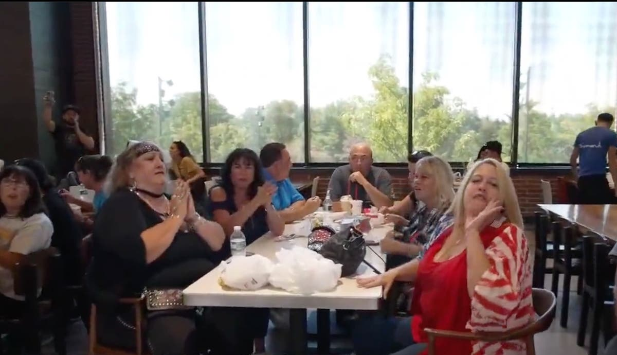 Video shows Staten Island crowd defying vaccine mandate by storming mall food court