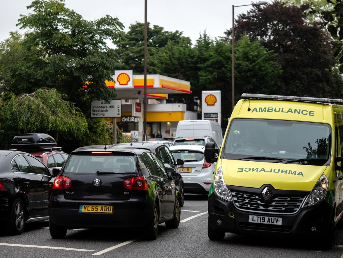 Os profissionais de saúde precisam ser priorizados durante a crise de combustível, Não 10 contado