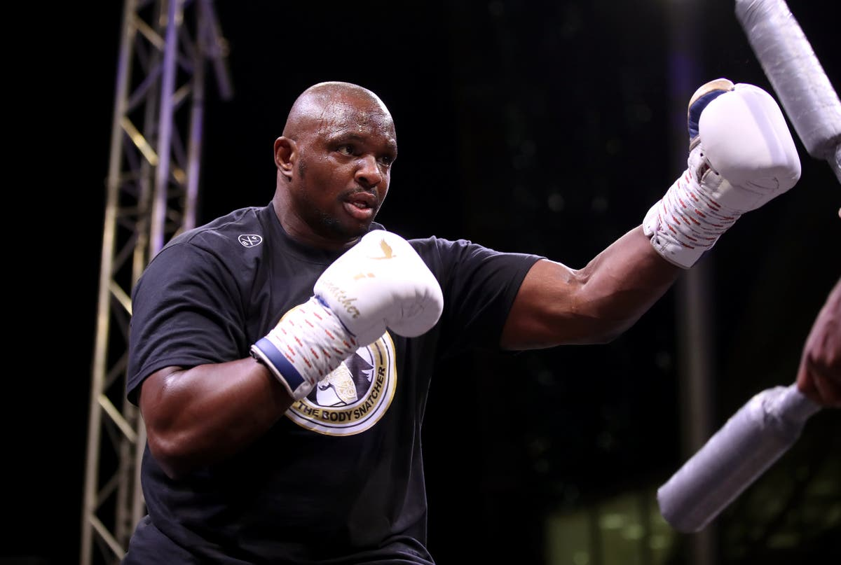 Dillian Whyte withdraws from Otto Wallin fight after suffering shoulder injury