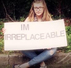 Gabby Petito: Sandy Hook hyllestlåt med drept YouTuber i alderen 14 å bli spilt inn på nytt for å skaffe penger til stiftelsen hennes