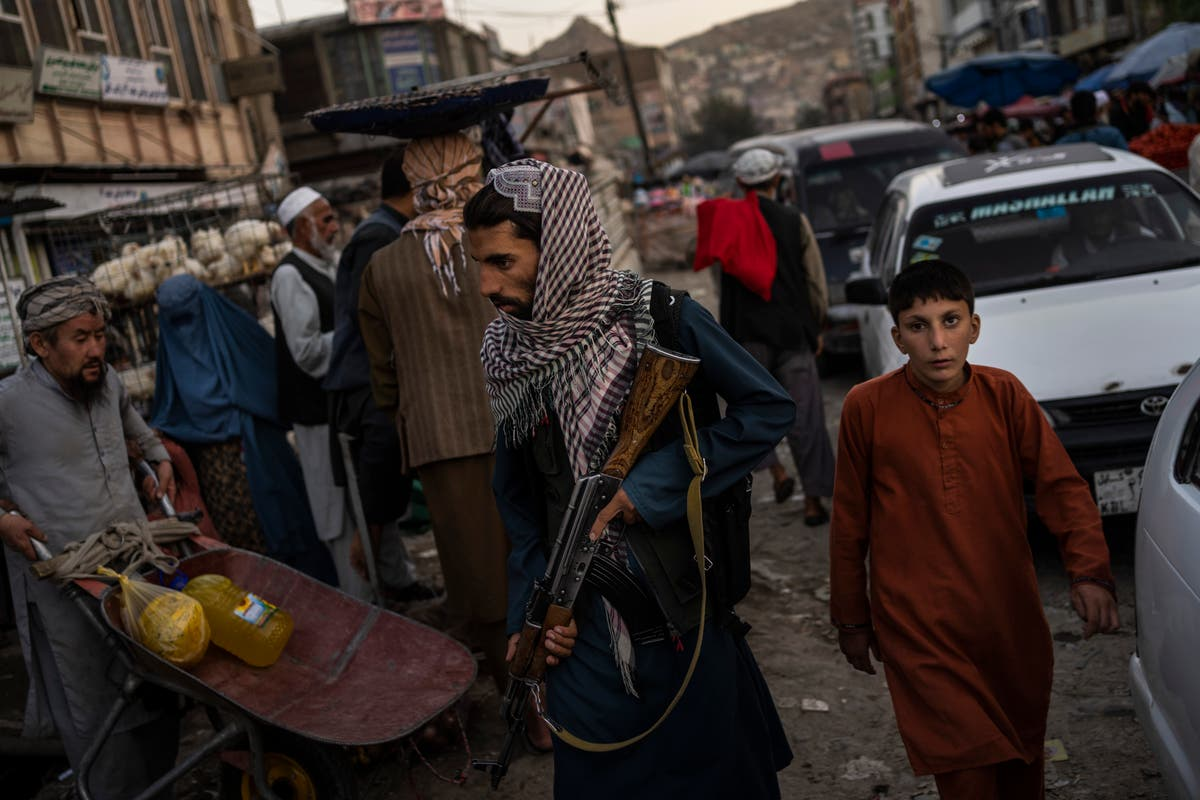 Photos de l'AP: Life changing under Taliban, just not all at once