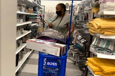 US consumer confidence slides for third consecutive month
