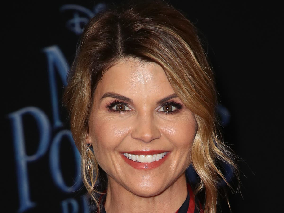 Lori Loughlin to return to acting in first role since prison sentence