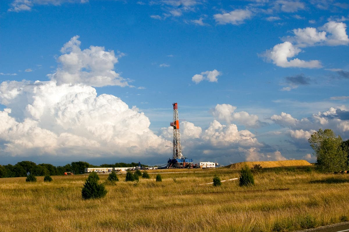 Texas halts new permits for fracking process after multiple earthquakes