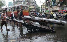India floods: 至少 13 dead in heavy rains, floods and lightning in Maharashtra