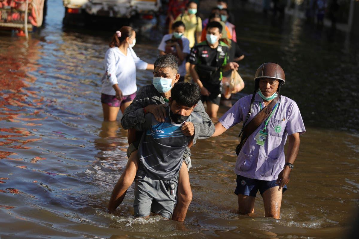 Flooding threat hangs over Thai capital Bangkok