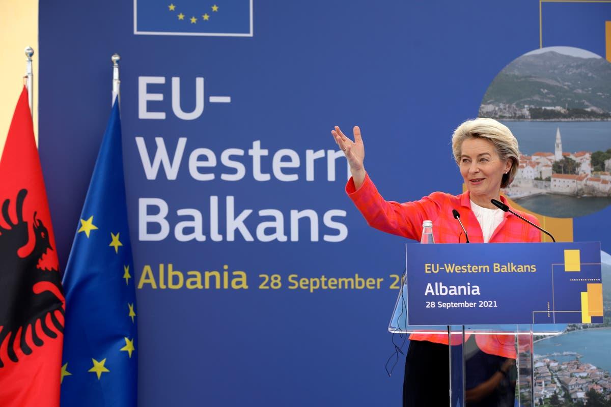 EU urges Kosovo, Serbia talk on disputes, lower tensions