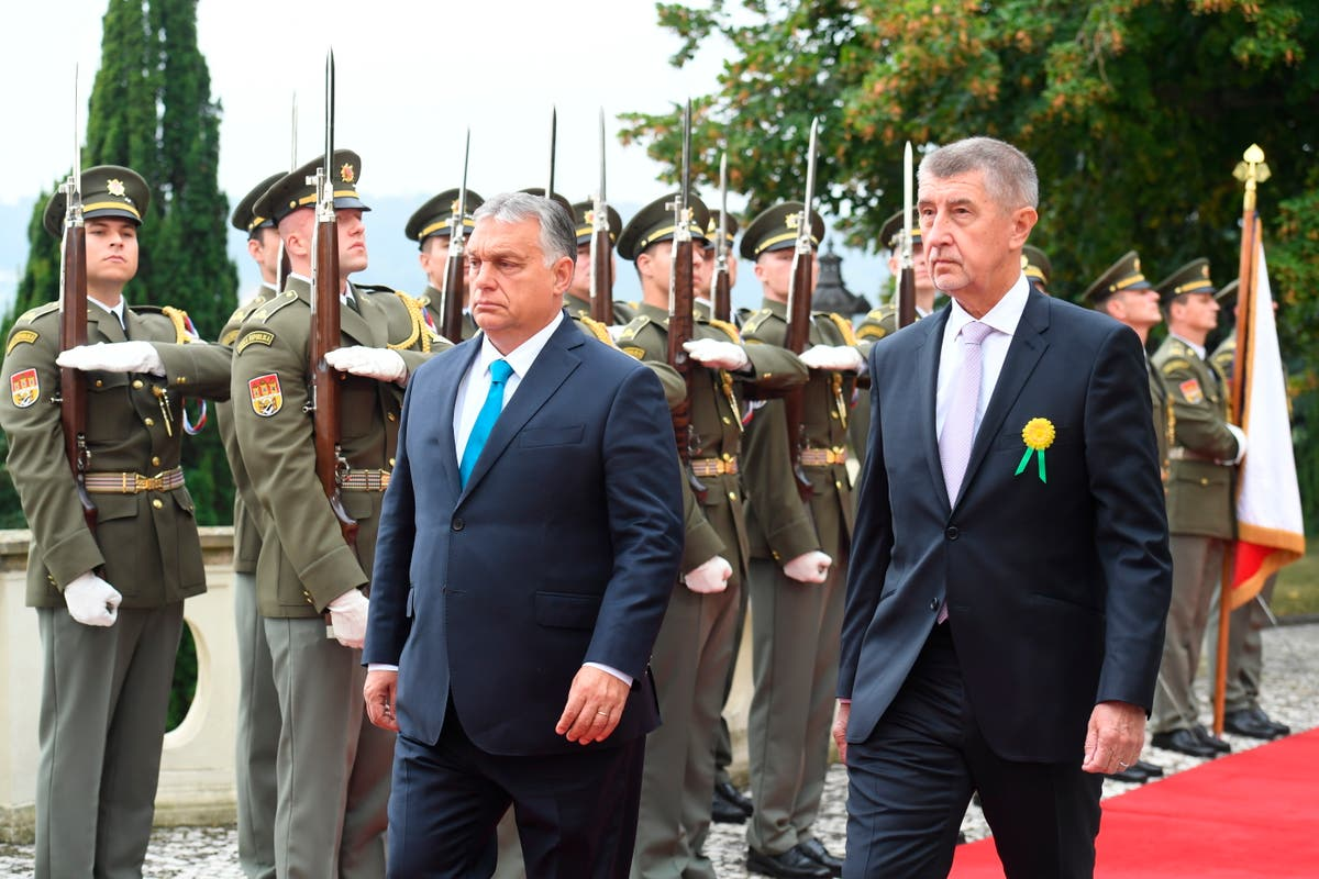 Tcheco, Hungarian leaders warn of Afghan migration